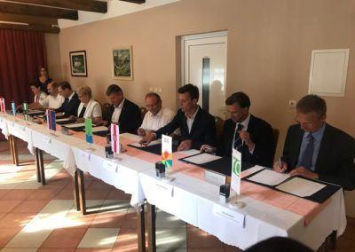 Podpis dogovora o sodelovanju