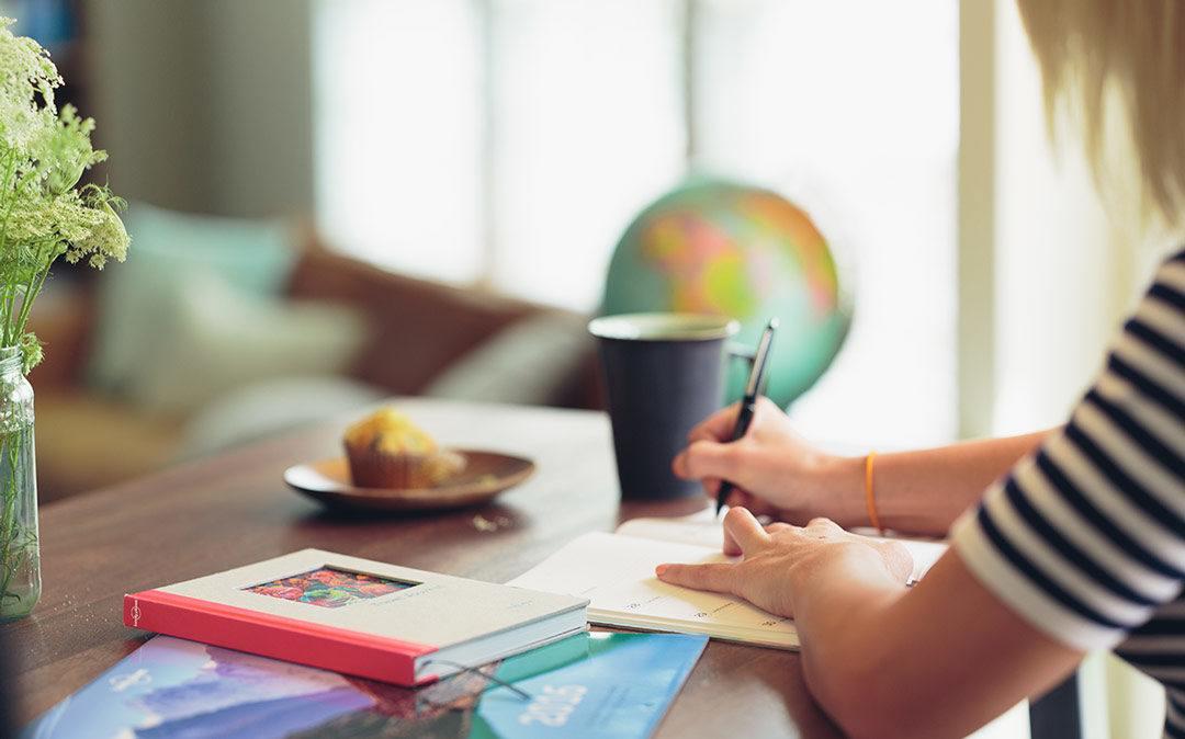 Usposabljanje: Od ideje do izdelka, generiranje, ekonomika in predstavitev