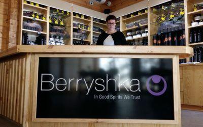 Delavnica KONKURENČNA PREDNOST: MOČNA BLAGOVNA ZNAMKA in ogled destilarne in čokoladnice Berryshka