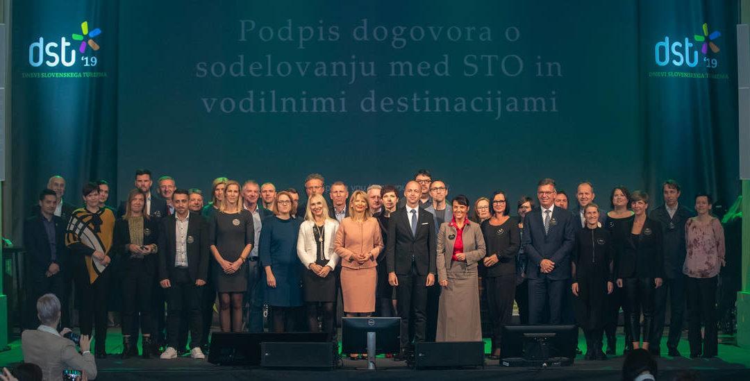 Podpis partnerskega dogovora med Slovensko turistično organizacijo in vodilnimi destinacijami